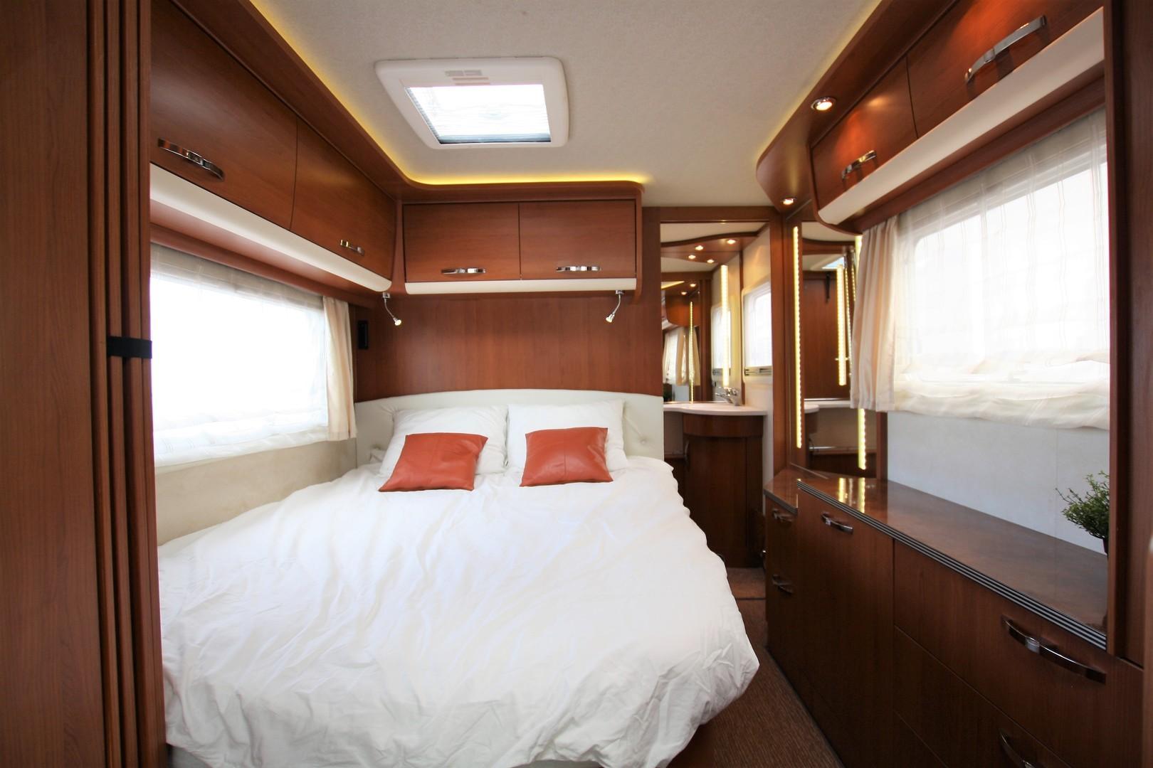 Frankia Luxury Class I 8400